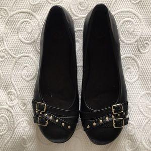 SO Women's Black Flats 8M